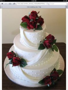 I love the way the frosting lays across the cake