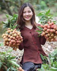 Vietnamese Clothing, Beautiful Vietnam, Farm Photography, Country Women, Cute Beauty, Beautiful Asian Women, Aesthetic Girl, Asian Woman, Asian Beauty