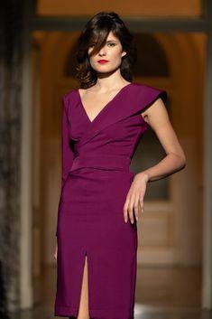 #runway #orovicafashion #fashionshow #dress #altaroma Timeless Fashion, Fashion Show, Runway, Jumpsuit, Purple, Womens Fashion, Dresses, Design, Rome