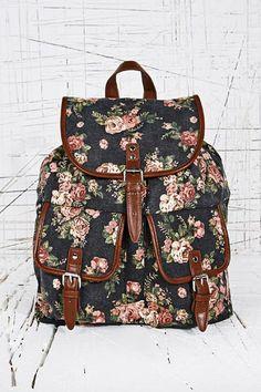 Sac à dos noir à motif fleurs chez Urban Outfitters