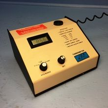 Cole Parmer Model 8391-40 Turbidimeter 0-200 NTU Range w/ Charger 08391-40 (Qty 1). See more pictures details at http://ift.tt/29Wi1u6
