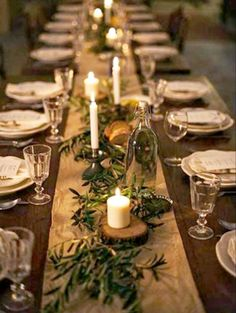Rustic Thanksgiving, Thanksgiving Table Settings, Thanksgiving Tablescapes, Christmas Table Settings, Dinner Table Centerpieces, Wedding Reception Table Decorations, Decoration Table, Centerpiece Ideas, Christmas Party Decorations