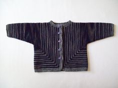 Ulina -  Baby cardigan knitted in two pieces from the front and lower edges to the sleeves - one size only - free knitting pattern