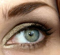 Soft Smoky Olive - Padmita's Make Up Blog