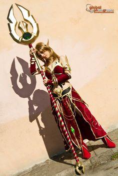 Blood Elf Cosplay by azka-cosplay.deviantart.com on @DeviantArt