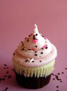 Neapolitan cupcakes by cupcakechicutah, via Flickr