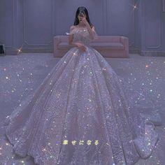 Fancy Wedding Dresses, Pretty Quinceanera Dresses, Princess Wedding Dresses, Pretty Dresses, Bridal Dresses, Beautiful Dresses, Fancy Dress Design, Mode Kpop, Fantasy Gowns
