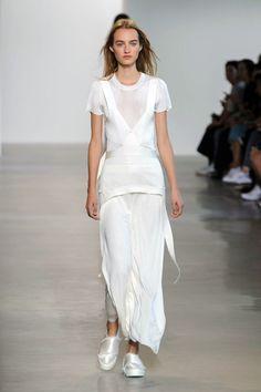 Calvin Klein Spring 2016 Ready-to-Wear Collection