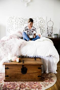 Urban Outfitters bedroom with Magical Thinking Pom-Fringe Duvet Cover and Agda Printed Yarn Pillow