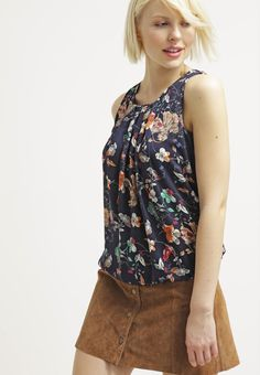 Stilsicher durch den Tag. Vero Moda VMELLA - Bluse - black iris für 21,95 € (18.03.16) versandkostenfrei bei Zalando bestellen.