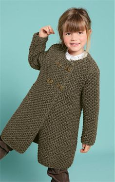 This simple A-line coat looks great with or without a belt, fastened by 4 pretty metal bow buttons. It is made in Pixel yarn knitted double on 6 mm needles. Baby Hats Knitting, Knitting For Kids, Baby Knitting Patterns, Crochet For Kids, Knitting Yarn, Crochet Baby, Hand Knitting, Knitted Hats, Knit Crochet