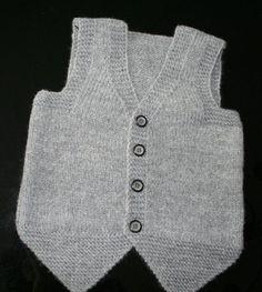 44 Baby Vest Knitting Models You Will Like - Babykleidung Baby Knitting Patterns, Arm Knitting, Handmade Baby, Handmade Toys, Baby Boy Vest, Baby Sweaters, Toys For Boys, Seersucker, Barn