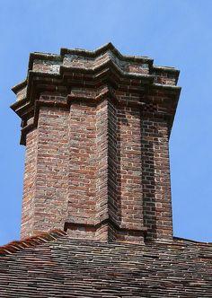 Edwin Lutyens chimney, 15th or 16th century.