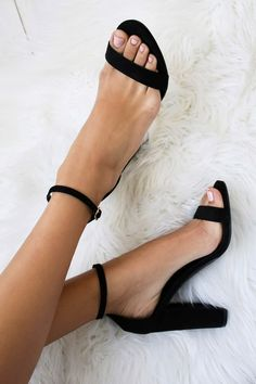 No one does it quite like the Taylor Black Suede Ankle Strap Heels! Whether you choose to dress them up or down, these vegan suede, single sole heels will stun with their slender toe strap, and adjustable ankle strap (with gold buckle).