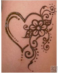 6. #Heart - 35 Incredible Henna #Tattoo Design #Inspirations ... → #Beauty #Henna