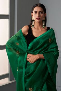 Best Trendy Outfits Part 32 Simple Sarees, Trendy Sarees, Stylish Sarees, Ethnic Outfits, Indian Outfits, Trendy Outfits, India Fashion, Ethnic Fashion, Saris
