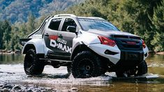 The Isuzu Concept X D-Max is based on the Isuzu D-Max pickup truck with an increased ground clearance to independent front and multi-link rear suspension, custom shock absorbers along with an approach angle and a departure angle Isuzu D Max, Ford Ranger, Gto Car, Ford Mustang Car, Ford Mustangs, X Picture, Mc Laren, New Pickup Trucks, Toyota Hilux
