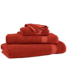 Lauren Ralph Lauren Wescott x Wash Towel - Stadium Red Soft Towels, Bath Towels, Bed Linen Sale, Bathroom Red, Red Bathrooms, Tub Mat, Hotel Collection Bedding, Linen Closet Organization, Affordable Bedding