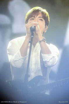 Jung Yong Hwa Music Bank