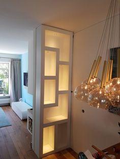 DIY wandkast op maat van MDF - OPMAATZAGEN.nl Home Room Design, Living Room Designs, House Design, Cosy Living, High Ceiling Living Room, Muebles Living, Hallway Decorating, Home Decor Furniture, House Rooms