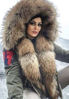 Fur Hats, Moon Shadow, Fur Fashion, Fur Trim, Winter Outfits, Fall Winter, Coats, Jackets, Fashion Styles