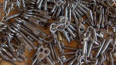 old locks and keys | ... Trunks, Antique Trunks, Furniture and many other types of locks