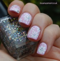 Subtle summer floral nail art