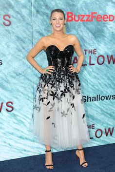 3ec0425f92f1 Blake Lively attends The Shallows Premiere White Tulle Skirt