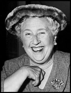 Literature, London, England, Author and writer Agatha Christie at a party to celebrate the stage performance of her play The Mousetrap Hercule Poirot, Agatha Christie's Poirot, Miss Marple, Book Writer, Book Authors, Books, Writers And Poets, Women In History, History Pics