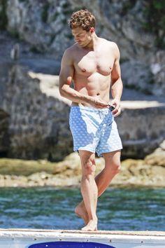 Jamie Dornan in Cap Ferrat on July 14 Jamie Dornan Ni, Jaime Dornan, Fifty Shades Darker, Fifty Shades Of Grey, Christian Grey, Ricardo Baldin, Donald Trump, Ferrat, Surfer