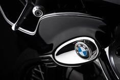 Custom Bmw, Custom Bikes, Metal Shaping, Bmw S, Cruiser Motorcycle, Motorcycle Design, Running Gear, Bmw Logo, Retro Design