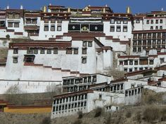 Gamden Monastery, Tibet http://www.imperatortravel.com/2012/05/tibet-where-you-can-touch-the-sky-episode-2.html