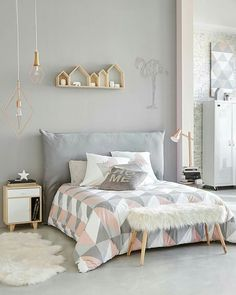 Fine Deco Chambre Lit Gris that you must know, You?re in good company if you?re looking for Deco Chambre Lit Gris Home Bedroom, Bedroom Decor, Bedroom Themes, King Bedroom, Bedroom Styles, Master Bedrooms, Bedroom Designs, Light Pink Bedrooms, Bedroom Girls