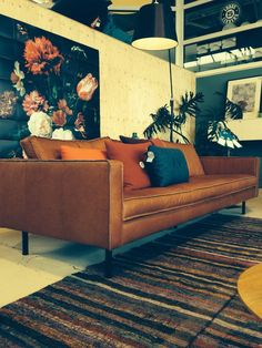 """Couch """"Slimm Outside"""", at Loods 5. Leather couch, with reversed seams (ínside out effect)."""