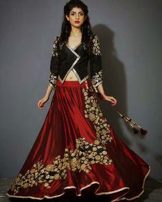 30 Latest Lehenga Saree Blouse Designs to inspire you - Wedandbeyond Lehenga Style, Red Lehenga, Jacket Lehenga, Choli Designs, Blouse Designs, Indian Dresses, Indian Outfits, Bridal Lehenga Choli, Lehnga Blouse