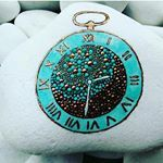 "25 Likes, 1 Comments - Orsolya Kutas (@kutasorsi) on Instagram: ""#stoneart #stonepainting #paintrock #paintingstones #paintingdots #stonepaint #color #colors…"""