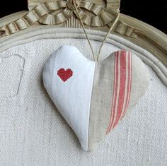 Antique Linen French Fabric Heart Sachet Heart by LudwigasLinen Lavender Bags, Lavender Sachets, Sachet Bags, Scented Sachets, Fabric Hearts, French Fabric, Heart Crafts, Sewing Projects For Beginners, Handmade Decorations