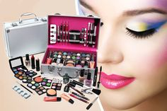 I just bought 60pc Makeup Set & Vanity Case (now £17.99) via @wowcher