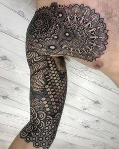 My Most Favorite Geometric Tattoo Mandala Tattoo Mann, Mandala Tattoo Sleeve, Geometric Sleeve Tattoo, Geometric Tattoos Men, Tattoo Sleeve Designs, Tattoo Arm, Best Sleeve Tattoos, Body Art Tattoos, Hand Tattoos