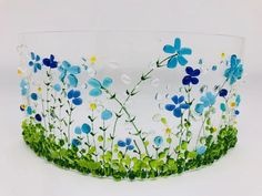 Fused glass blue and green floral curve, blue floral candle screen Broken Glass Art, Shattered Glass, Sea Glass Art, Stained Glass Art, Fused Glass, Glass Fusion Ideas, Glass Flowers, Art Flowers, Glass Fusing Projects