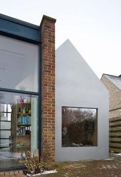 doo wop studio - ampe.trybou architecten Studios Architecture, Atrium, Planer, Bungalow, Windows, Facade, House, Spaces, Design