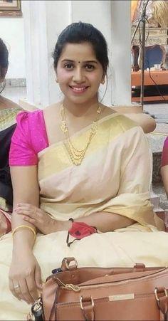 Cute Beauty, Beauty Full Girl, Beauty Women, Beautiful Women Over 40, Beautiful Girl Indian, South Indian Actress Hot, South Actress, Most Beautiful Bollywood Actress, Attractive Girls
