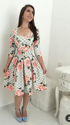 Cute Dresses, Vintage Dresses, Beautiful Dresses, Casual Dresses, Short Dresses, Fashion Dresses, Trend Fashion, Floral Fashion, Girl Fashion