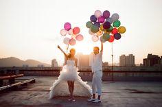 #colorful #wedding #balloons #photo #prop #couple #pose