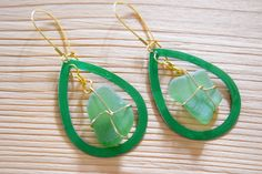 SUMMER SALE Delicious green earrings with by Christinasfamily Green Earrings, Boho Earrings, Drop Earrings, Handmade Jewelry, Unique Jewelry, Handmade Gifts, Sea Glass Jewelry, Summer Sale, Wire Wrapping