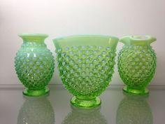 VINTAGE FENTON ART GLASS GREEN VASELINE OPALESCENT HOBNAIL MINI VASE 3p SET RARE