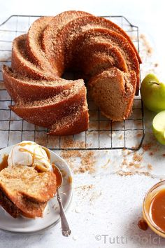 PRINTED Apple cider bundt cake is a fall baking dream! Simple and delicious, this easy bundt cake features applesauce, apple cider, and warming spices. Apple Desserts, Fall Desserts, Apple Recipes, Fall Recipes, Baking Recipes, Autumn Recipes Baking, Fall Dessert Recipes, Delicious Cake Recipes, Beaux Desserts