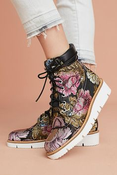Slide View: 1: Shelly's London Erin Brocade Boots