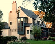 Tudor Architectural Style Design - ideas for modernising a tutor house