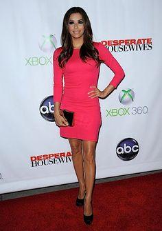 Fashion inspiration on a Monday... Loving this color! Eva Longoria looking fresh!